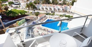 Junior Suite pool view Coral Ocean View Hotel