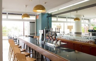 Bar Hotel Coral Ocean View