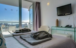 Junior Suite Coral Ocean View Hotel
